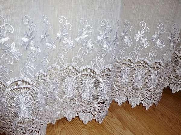 Ткань часто используется для декорирования помещений